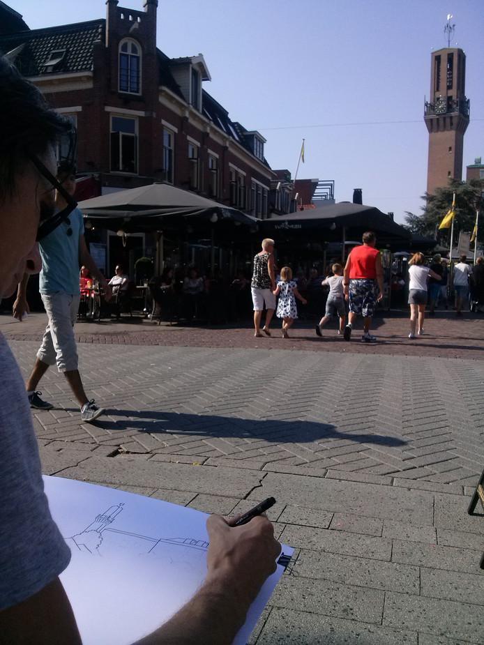 Van Elten tekent de Stadhuistoren