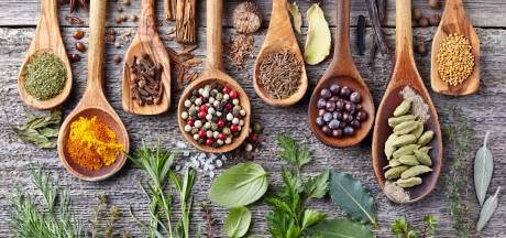 De snijplank of oude kruiden: deze zaken kun je beter niet bewaren