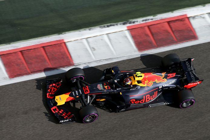 Max Verstappen op het circuit van Abu Dhabi.