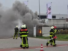 Laatste bedrijven pas vanavond weer stroom na brand in huisje in Waalwijk