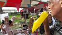 De Zevenbergse Slof, een van de streekproducten die op 'n Bietje Koekoek te verkrijgen is, laat zich prima smaken.