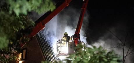 Uitslaande brand in vrijstaande woning in Arnhem