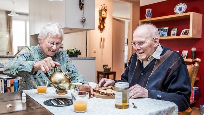 60 jarig huwelijk brief koningin Komt burgemeester nog op de koffie bij 60 jarig huwelijk  60 jarig huwelijk brief koningin