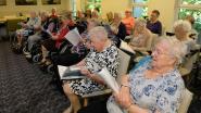 Bewoners van woonzorgcentrum Sauvegarde richten eigen zangkoor op: 'De vrolijke vrienden' plannen eerste optreden.