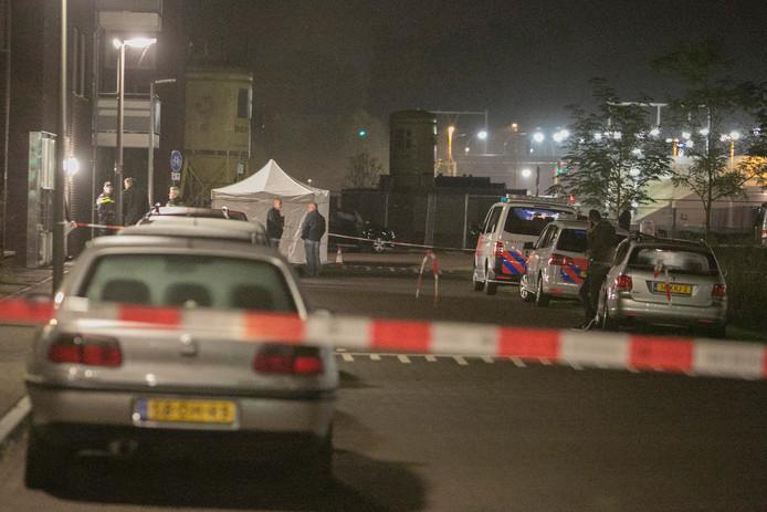 De 26-jarige Arnhemmer werd zwaargewond op straat gevonden. Hij overleed later aan zijn verwondingen.