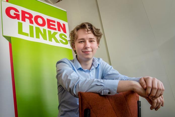 Nick Klaver, 18 jaar, wil gemeenteraad Roosendaal in