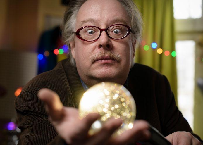 Jerry Kroezen kijkt het liefst vooruit, de toekomst zit in een glazen bol.