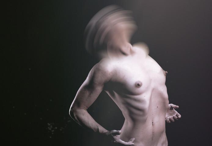 Uit de voorstelling 71 bodies 1 dance van de Spaanse choreograaf Daniel Mariblanca over transgenders. Te zien op What You See Festival.