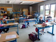 L'école, source de contamination à la Covid-19? Un papa et une prof carolos témoignent