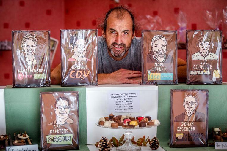 U kan de lokale politiek maar moeilijk smaken? Chocolatier Marc Vandenbussche snelt ter hulp.