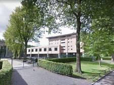 Gezakte Brabantse leerlinge eist alsnog diploma via rechter: 'Er zaten fouten in examen'