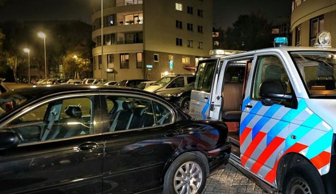 De man ramde bij zijn vluchtpoging een politieauto.