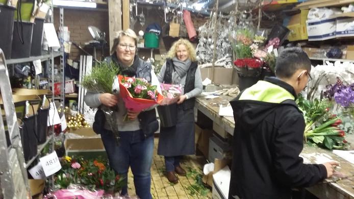 Maaike van Eijck draait met haar medewerkers overuren in het magazijn achter in de winkel