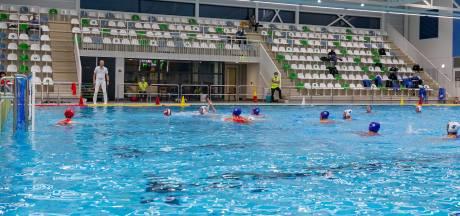 Zwolse waterpolosters willen in februari weer om de punten spelen