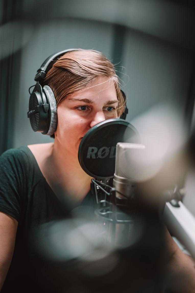 Vroeger maakte ze radio bij VRT, nu focust Eva