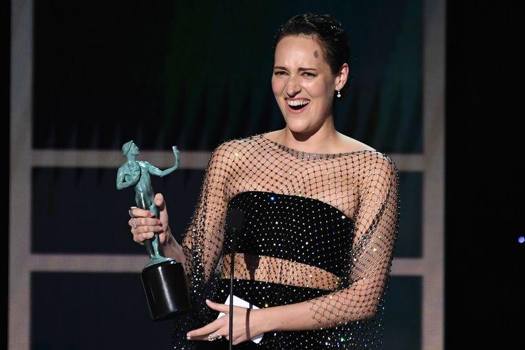 Phoebe Waller-Bridge ontvangt haar SAG Award voor beste actrice in een comedyreeks