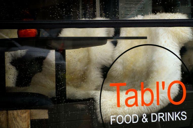 Tabl'O Food & Drinks vind je vlakbij de Sint-Bernarduskerk in Nieuwpoort-Bad
