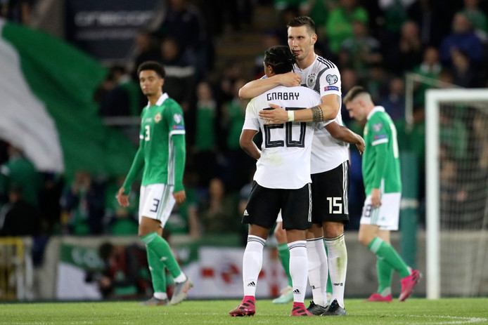 Niklas Süle en Serge Gnabry vieren de bevrijdende 0-2 voor Duitsland, september dit jaar.