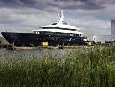 Hefbrug niet 'extreem lang open' voor passage groot jacht