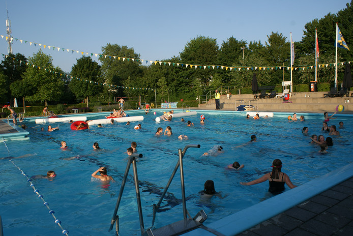 Het zwembad in Steenderen.