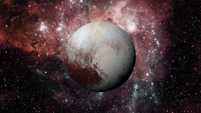 Pluto is misschien 'maar' een gigantische komeet