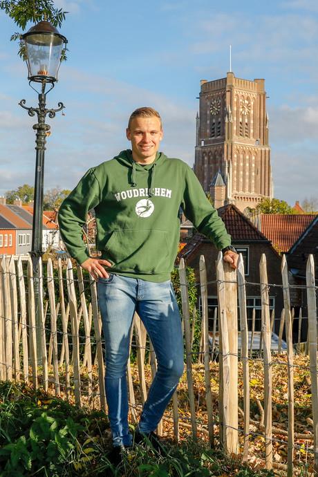 Woudrichem-verdediger Nick van Giessen maakte een hattrick: 'Drie keer op juiste plek'
