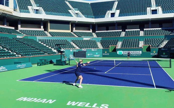 Kim Clijsters s'est entraînée quelques jours à Indian Wells avant de devoir revoir ses plans.