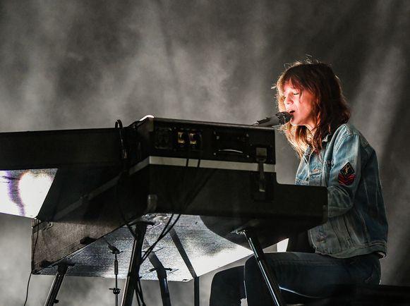 Charlotte Gainsbourg in Klub C op Rock Werchter 2019