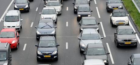 Flinke file op A1 tussen Oldenzaal-Zuid en Hengelo