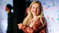 Na de hoeden: ex-K3'tje Josje Huisman ontwerpt eigen handtassencollectie
