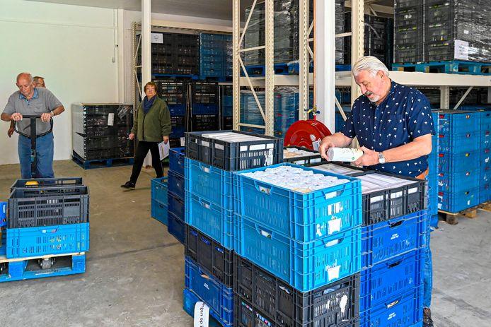Jacques Snepvangers van de Voedselbank van de West-Brabantse voedselbanken vreest voor minder aanvoer als supermarkten verspilling nog verder tegengaan.