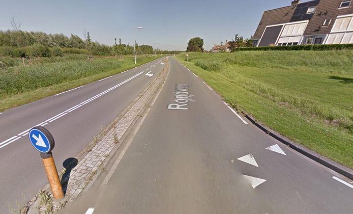 De Rondweg bij afslag de Weide. Dit deel is de komende twee weekeinden afgesloten.