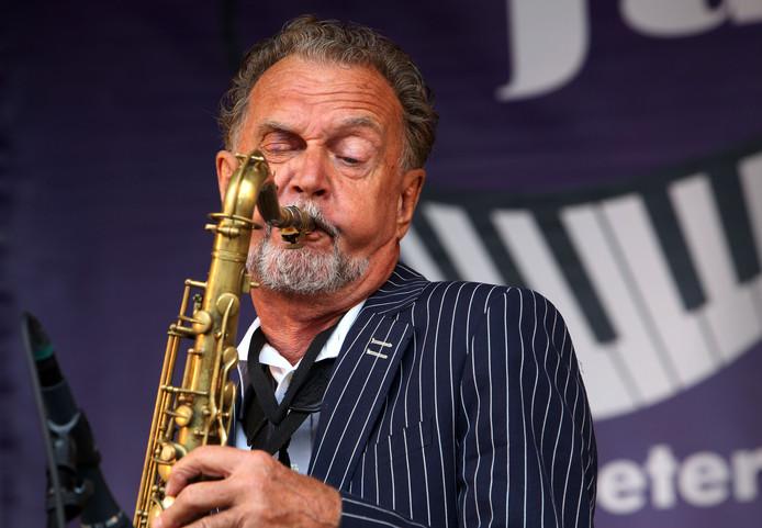 Frits Kaatee verwierf grote bekendheid toen hij bij de Dutch Swing College Band speelde.