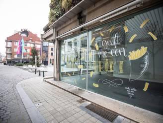 Hasselt viert 'Week van de Friet' met raamschildering op Groenplein