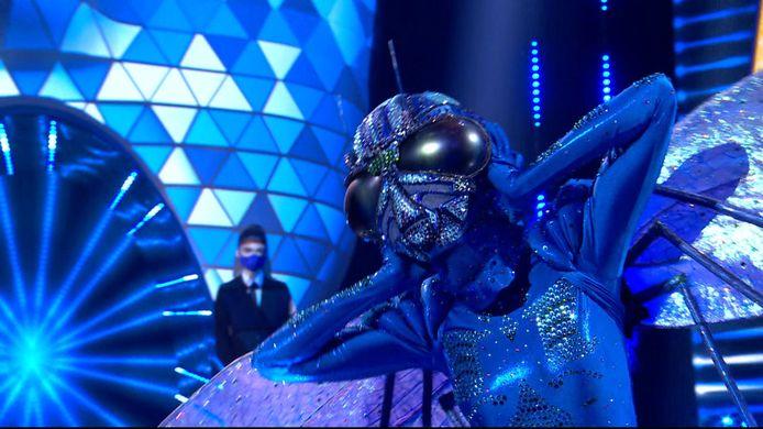 De identiteit van Libelle werd onthuld in de tweede aflevering van 'The Masked Singer'.