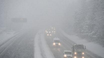 Chauffeurs urenlang vast in Schotse sneeuwstorm