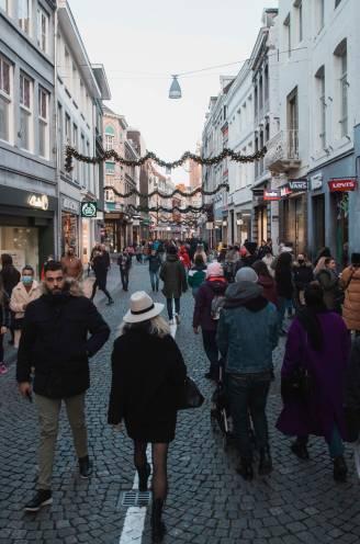 """Maastricht was zondag even van iedereen, maar vooral van de Belgen: """"Ben ik nu een crimineel omdat ik hier kom shoppen?"""""""