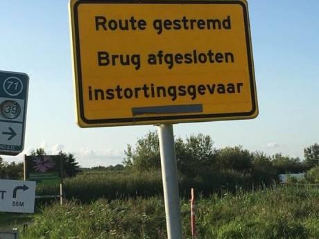Boonervliet-brug vanwege instortingsgevaar nog zeker een week dicht