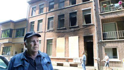 """Bewoners zijn alles kwijt na uitslaande brand, maar """"dankzij rookmelders leven we nog"""""""