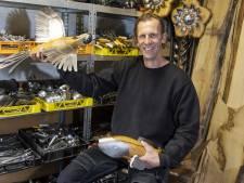 Oud-politieman Bert Koerts uit Eibergen maakt recyclekunst