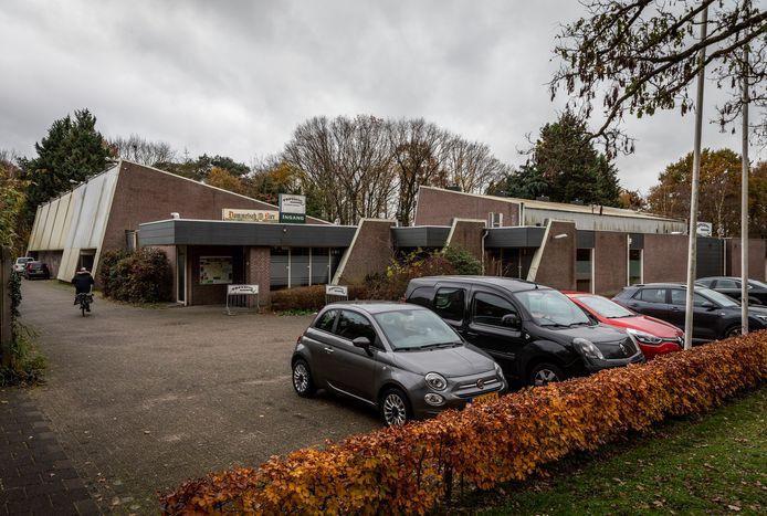 De squashbaan in Dommelen moet plaats gaan maken voor woningen.