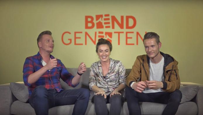 Jaap Gunnink, Soesja del Monte Lyon en Benjamin Beernink (vanaf links) vormen het trio dat filmpjes maakt voor het YouTubekanaal Bondgenoten.
