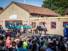 Hele school doet mee aan openluchtconcert in Poortvliet