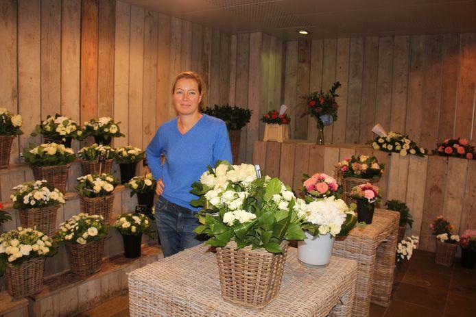 Vicky Snauwaert belooft tot de laatste dag voor dagverse bloemen te zorgen.