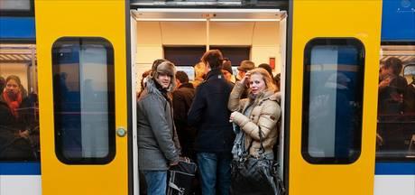 Minder treinen tussen Alphen en Leiden