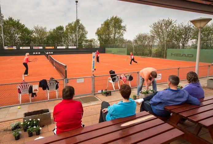 Het tennispark van 's-Heer Abtskerke op archiefbeeld.