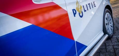 Man (60) aangehouden na zwaaien met mes in Zuidoost