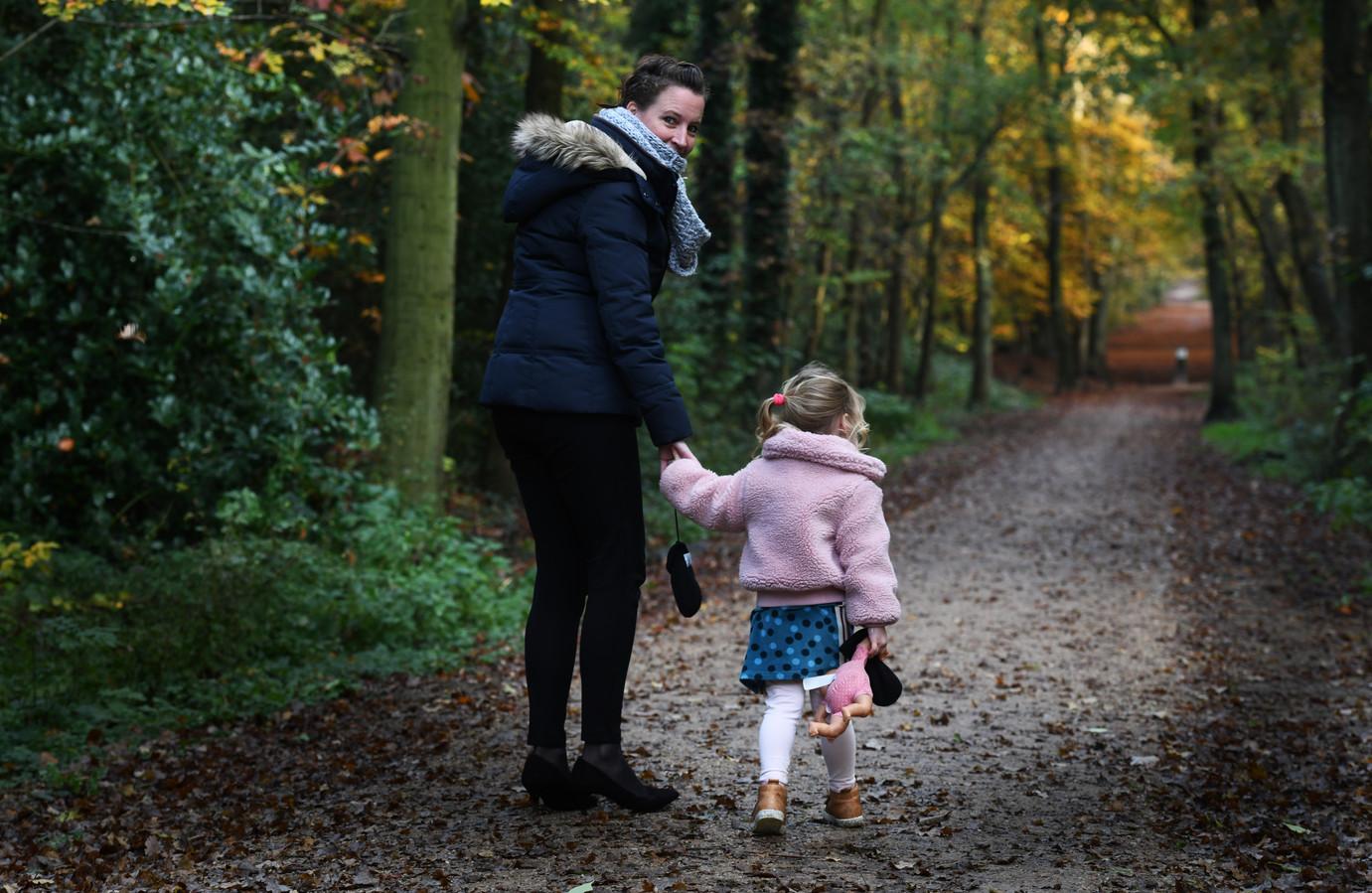 Ingrid de Gelder en haar dochtertje zijn sinds acht maanden definitief terug in Nederland.