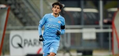 Jong PSV maakt knappe comeback en pakt na 3-0 achterstand in Maastricht alsnog een punt