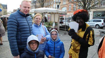 Kwb zamelt speelgoed voor kansarme kinderen en zet Zwarte Pieten in om boodschap te verkondigen